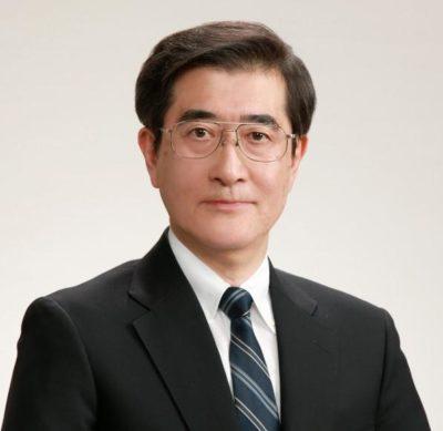 保健医療学研究科長 横田 裕行